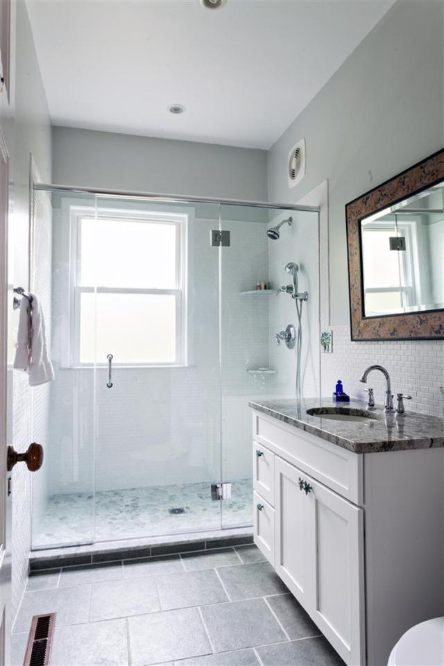 Spacious oceanfront shower at 126 Emmons Road in Bourne